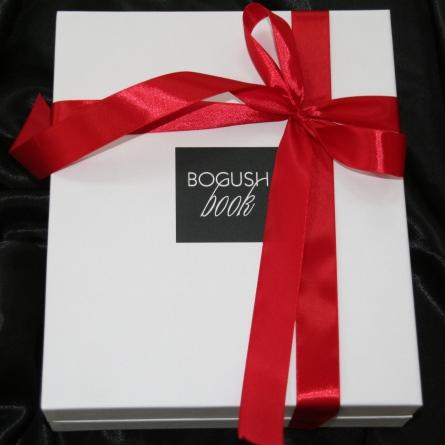 Подарочная коробка BogushBox