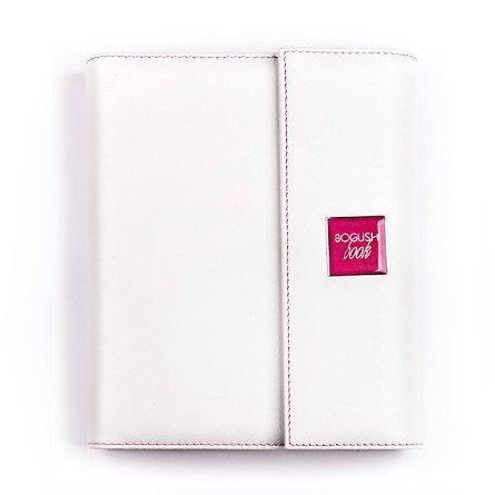 Нежный женский «Богушбук», выполненный из натуральной итальянской кожи белого цвета снаружи и бежевого цвета внутри, дополненный розовой шильдой