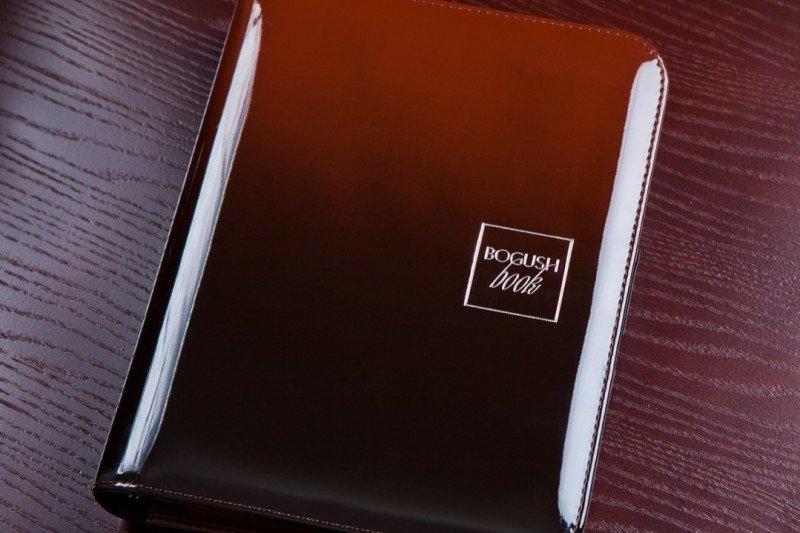 градиент коричнево-черный